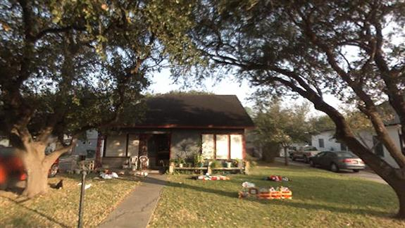 420 West Alice Avenue, Kingsville, Texas