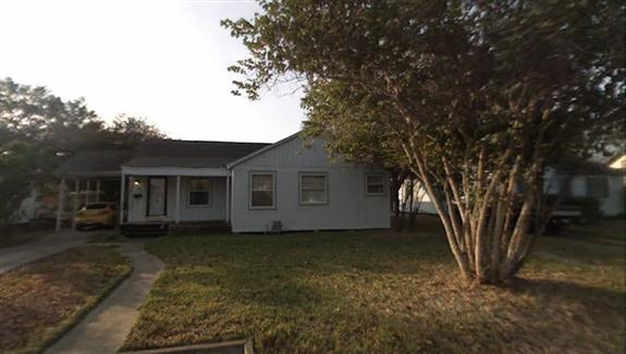 802 West Alice Avenue, Kingsville, Texas