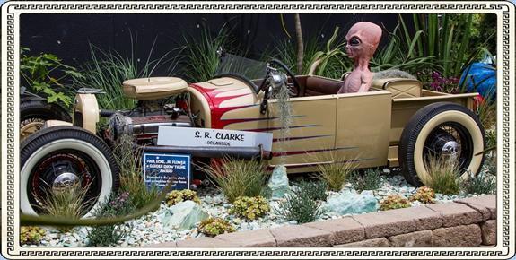 Aliens at the San Diego County Fair