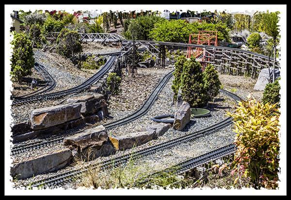 Model train at Walter Andersen Nursery in Poway