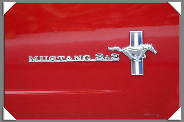 Back to the '50s car cruise in La Mesa, California