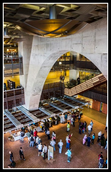 Lobby of the new San Diego Central Library