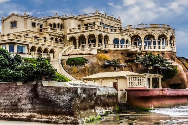 La jolla beach mansion