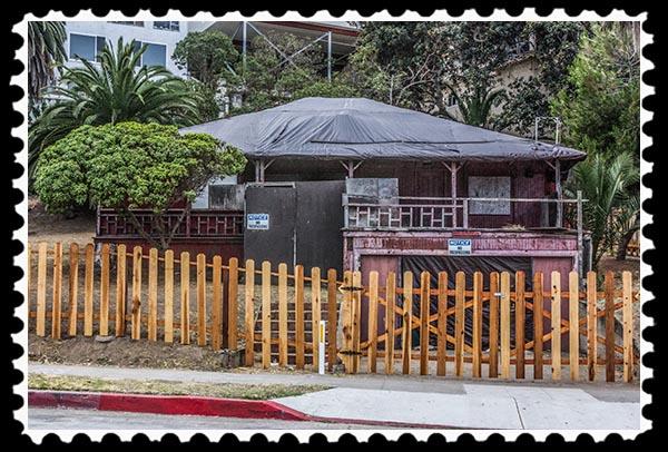 Red Rest Neptune cottage in La Jolla, CaliforniaNeptune cottage in La Jolla, California