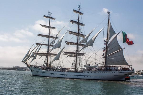 Sagres ship