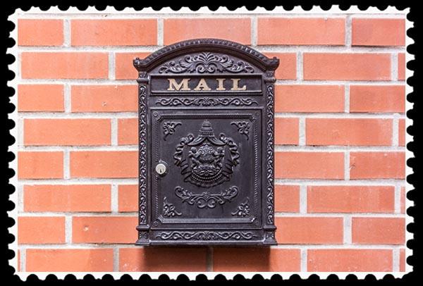 Historic mailbox