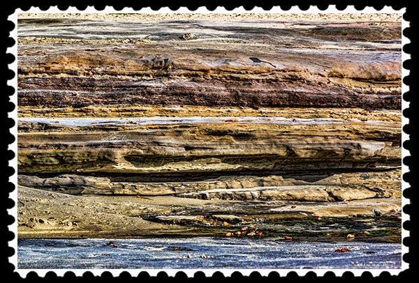 Sandstone cliff at the beach in La Jolla, California