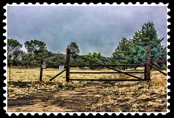 img_2039 boondocks fence gate stamp