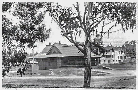 1910 picture of the Encinitas railroad depot built by AT&SF in 1887