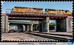 Union Pacific on the flyover at Colton (CA) Crossing